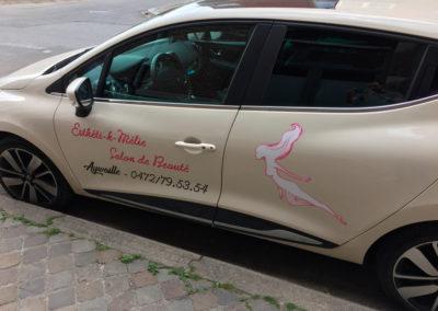 Lettrage de voiture pour Esthéti-k-Mélie