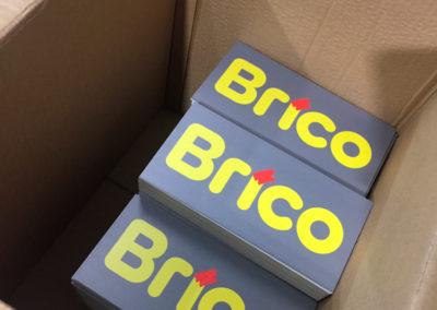 Impression de plaquettes pour les magasins Brico